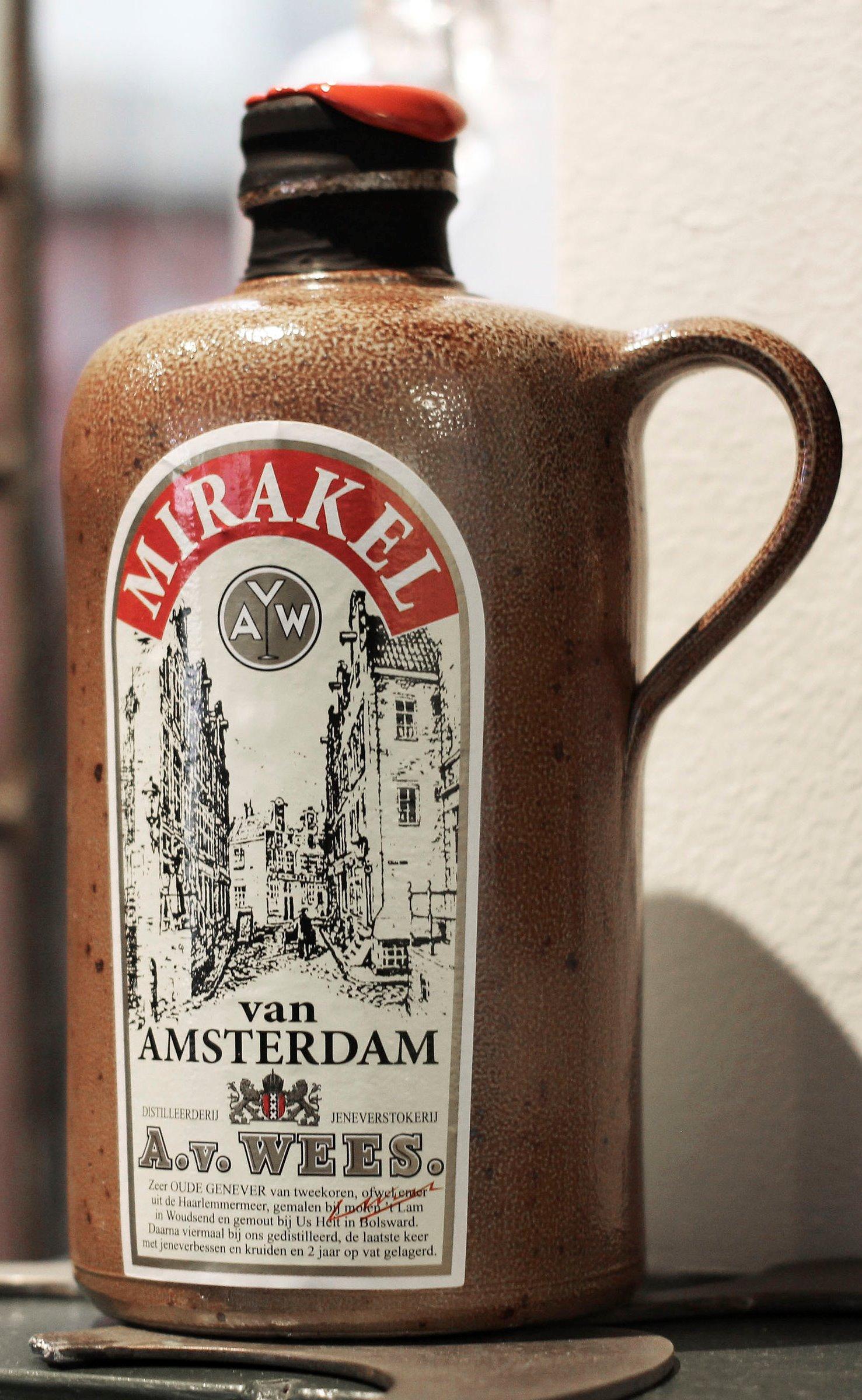 Van Wees   Mirakel -  50cl 42%